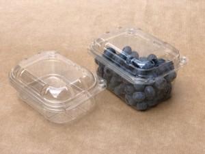 PLASTIČNA KOŠARICA S PRITRJENIM POKROVOM in luknjicami, 250 g